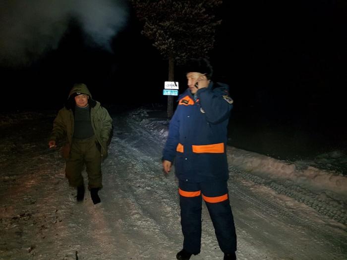 Kpugr6Iu В Якутии микроавтобус УАЗ провалился под лед