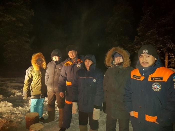 R8YHBLRu В Якутии микроавтобус УАЗ провалился под лед