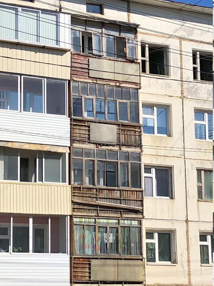 Q3VMKUNr «Замечательный» сосед: Жильцы дома в Якутске живут как на пороховой бочке