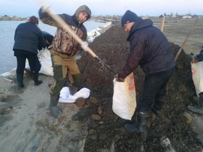 KtMzEU9m Фотофакт: Волонтеры выехали в Октемцы на помощь