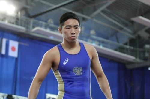 Qb5o3Erk Вольная борьба: Якутские студенты выиграли две путевки на чемпионат мира