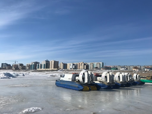 Суда на воздушной подушке приостанавливают перевозку пассажиров в Якутии